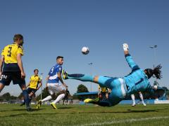 Ashmore saves Comley's goalbound header