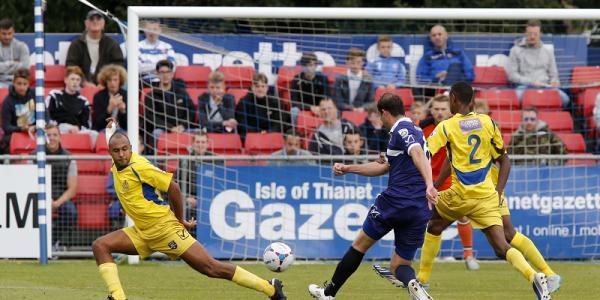 Brett Johnson puts the Saints goal under pressure