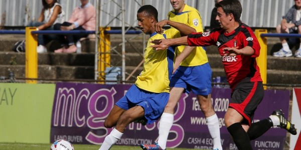 Ghassimu Sow in action against Hayes & Yeading