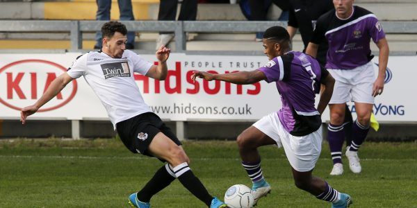 Shaun Lucien tries to slip into the Dartford box