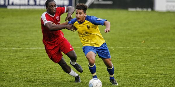 Welling United try to get to grips with Zane Banton